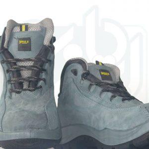 کفش مهندسی نبوک